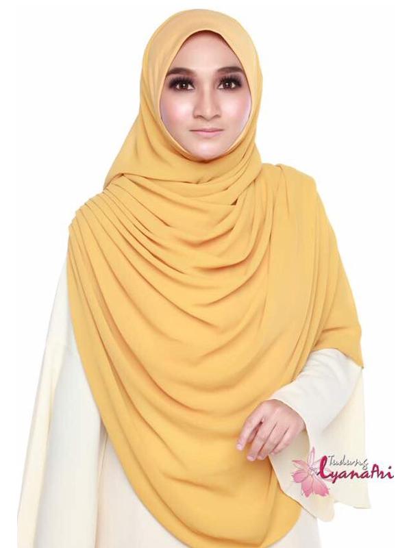 Umrah Banner: Twist Raudhah Mustard
