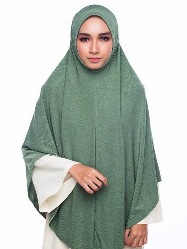 Umrah Banner: Umrah Najwa Seaweed