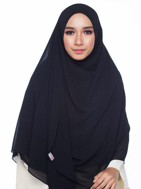Umrah Banner: Instant Balqis True Black